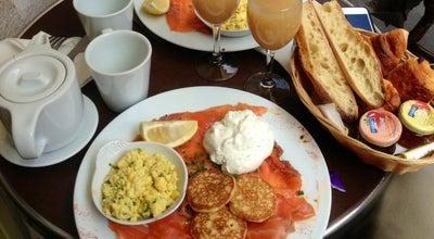 Photo of French Restaurant Café Ba-Yen at 46 Rue Bayen, Paris 75017, France