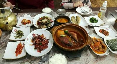 Photo of Korean Restaurant 맛나게장백반 at 신기남3길 22-4, 여수시 555-804, South Korea