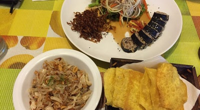 Photo of Vegetarian / Vegan Restaurant ทำนา (Thamna Hometaurant) at 175 Thanon Samsen, Phra Nakhon 10200, Thailand