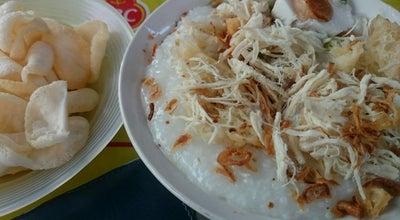 Photo of Breakfast Spot Bubur Ayam Jakarta Manyar at Jl. Raya Manyar No. 83, Surabaya, Indonesia