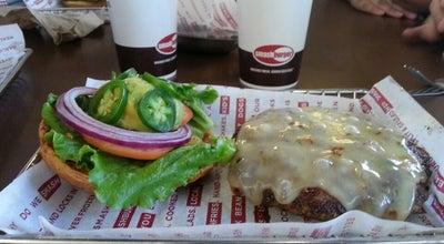 Photo of Burger Joint Smashburger at 2000 E Rio Salado Pkwy, Tempe, AZ 85281, United States