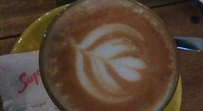 Photo of Coffee Shop Rimbun Epresso dan Brew Bar at Komplek Pertokoan Mangunsarkoro, Padang, Indonesia