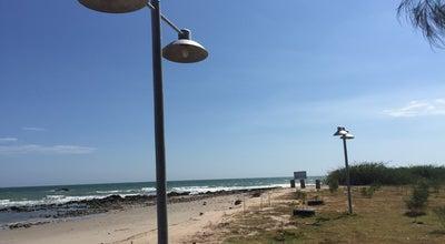 Photo of Beach หาดทรายเม็ดแรก at แหลมผักเบี้ย, เพชรบุรี, Thailand