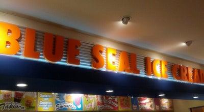 Photo of Ice Cream Shop BLUE SEAL ICE CREAM デポアイランド店 at 美浜9-1, 中頭郡北谷町 904-0115, Japan
