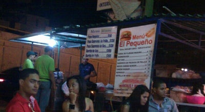 Photo of Food Truck El Peke at Av. 27 De Febrero, Santo Domingo, Dominican Republic