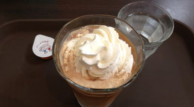Photo of Cafe Holly's Cafe 豊津駅前店 at 山手町2-6-3, 吹田市, Japan