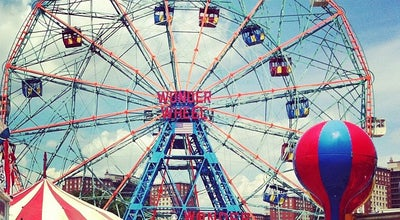 Photo of Theme Park Ride / Attraction Deno's Wonder Wheel at 1025 Boardwalk W, Brooklyn, NY 11224, United States