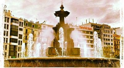 Photo of Plaza Fuente de Las Batallas at Acera Del Darro, Granada 18006, Spain
