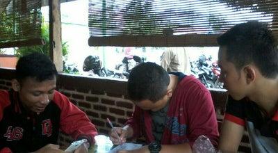 Photo of Indonesian Restaurant Waroeng SS at Jalan Ampera Raya No. 3, Cirebon, Indonesia
