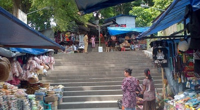 Photo of Mosque Kawasan Wisata Religi Sunan Giri - Gresik at Indonesia