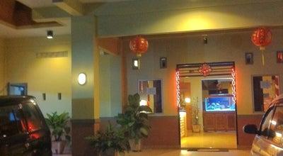 Photo of Chinese Restaurant Green Garden Restaurant at Kakaskasen Satu, Tomohon 95415, Indonesia