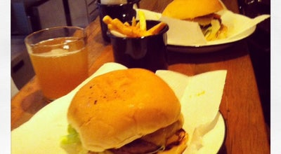 Photo of Burger Joint Na Garagem at R. Benjamin Egas, 301, São Paulo 05418-030, Brazil