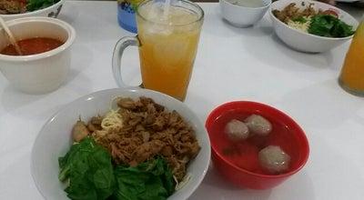 Photo of Ramen / Noodle House RM Mie Ayam Pasar Baru at Jl. Ahmad Yani, Jayapura, Indonesia