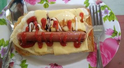 Photo of Breakfast Spot roti bakaq teloq meleleh at Malaysia