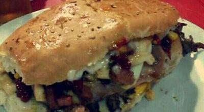 Photo of Burger Joint Palasquesea fdo de la Mora at Leopardi, Fernando de la Mora, Paraguay