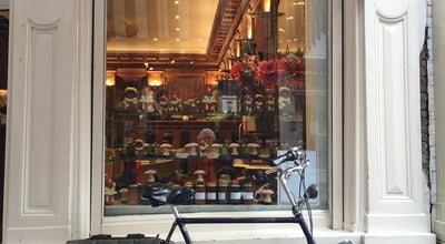 Photo of Chocolate Shop Pompadour at Huidenstraat 12, Amsterdam 1016 ES, Netherlands