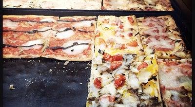 Photo of Pizza Place Pizza+ at 东至门外十字坡街8号铂晶豪庭1层112/115室, 北京, 北京, China