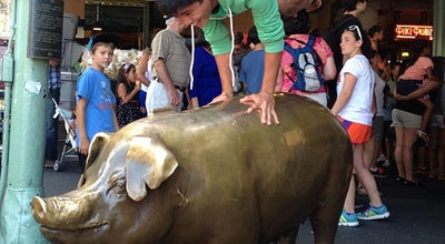 Photo of Outdoor Sculpture Rachel the Pig at Pike Place Market at Pike Pl, Seattle, WA 98101, United States