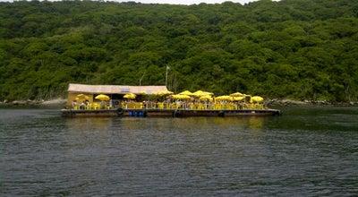 Photo of Seafood Restaurant Restaurante Flutuante do Forno at Praia Do Forno, Arraial do Cabo, Brazil
