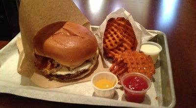Photo of Burger Joint Holy Cow at 2312 Mount Vernon Ave, Alexandria, VA 22301, United States