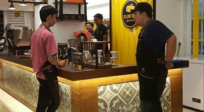 Photo of Coffee Shop Yellow Truck Coffee & Tea co at Jl. Kebangkitan Nasional No. 35, Surakarta, Indonesia