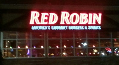 Photo of Burger Joint Red Robin Gourmet Burgers at 4625 1st Ave Se, Cedar Rapids, IA 52402, United States