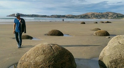 Photo of Beach Moeraki Boulders at State Highway 1, Moeraki Beach (south of Oamaru, New Zealand