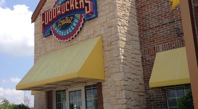 Photo of Burger Joint Fuddruckers at 5601 S.w. Loop 820, Fort Worth, TX 76132, United States