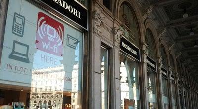 Photo of Bookstore Mondadori Multicenter at Piazza Del Duomo, 1, Milano 20121, Italy