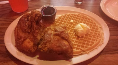 Photo of Southern / Soul Food Restaurant Roscoe's House of Chicken and Waffles at 5006 W Pico Blvd, Los Angeles, CA 90019, United States
