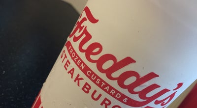 Photo of Burger Joint Freddy's Frozen Custard & Steakburgers at 7670 W Bell Rd, Glendale, AZ 85308, United States