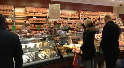 Photo of Bakery Harry de Groot at Burgplein, Purmerend, Netherlands