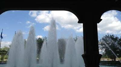 Photo of Casino Horseshoe Fountain at Bossier City, LA 71111, United States