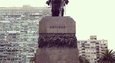 Photo of Museum Mausoleo de Artigas at Plaza Independencia, Montevideo, Uruguay