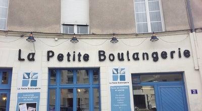 Photo of Bakery La Petite Boulangerie at Place Saint Felix, Nantes, France