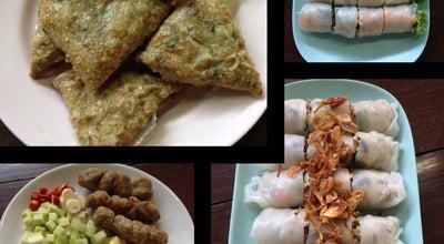 Photo of Vietnamese Restaurant บ้านเต็ง อาหารเวียดนาม at บางพระ 23000, Thailand