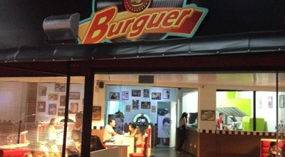 Photo of Burger Joint Upi Burguer at Avenida Presidente Kennedy, 6882, Praia Grande, Brazil