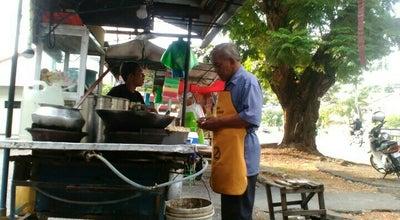 Photo of Juice Bar Gerai Air Tebu Pakcik Ray-Ban at Depan Flat Bukit Gedung, Bayan Lepas 11950, Malaysia