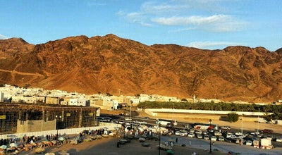 Photo of Mountain Ohud Mountain | جبل أحد at Saudi Arabia