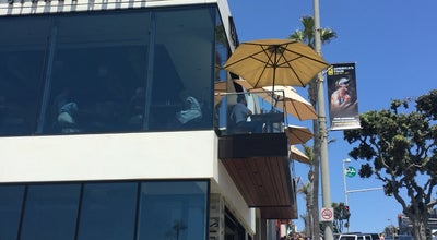Photo of American Restaurant The Strand House at 117 Manhattan Beach Blvd., Manhattan Beach, CA 90266, United States