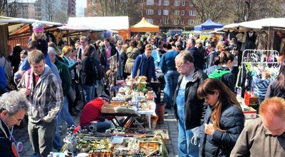 Photo of Flea Market Flohmarkt am Mauerpark at Bernauer Str. 63-64, Berlin 13355, Germany