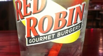 Photo of Burger Joint Red Robin Gourmet Burgers at 250 S Weber Rd, Bolingbrook, IL 60490, United States
