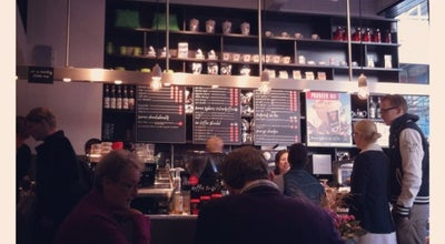 Photo of Coffee Shop Douwe Egberts Café at Burg. Van Leeuwenpassage 23, Zoetermeer 2711 JV, Netherlands