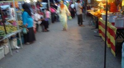 Photo of Food Truck Pasar Malam Bukit Payong at Malaysia