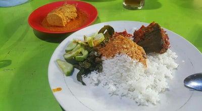 Photo of Asian Restaurant RM Acen Padang at Jl. Riau (depan Jl. Angkasa), Pekanbaru, Indonesia