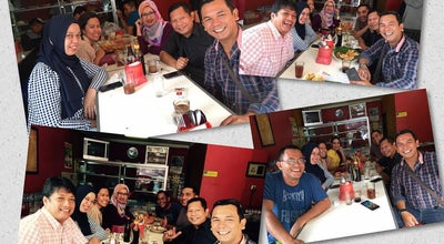 Photo of Indonesian Restaurant Lontong Medan Kak Zahra at Jl. Dipatiukur No 42, Bandung, Indonesia