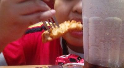 Photo of Korean Restaurant Bonchon (본촌치킨) at G/f, Batangas City 4200, Philippines