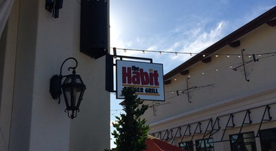 Photo of American Restaurant The Habit Burger Grill at 2000 El Camino Real, Santa Clara, CA 95050, United States