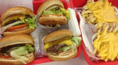 Photo of Fast Food Restaurant In N Out Burger at 1261 S Lone Hill Ave, Glendora, CA 91740, United States
