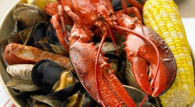 Photo of Seafood Restaurant Legal Sea Foods at 1 Harborside Dr., Terminal B, Boston, MA 02128, United States